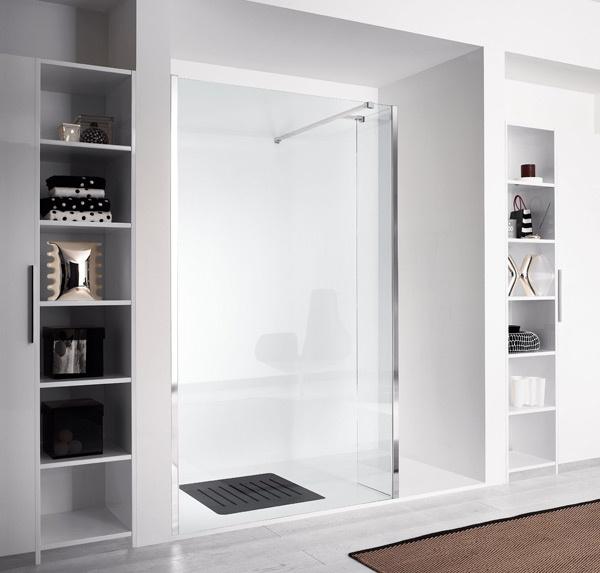 porta doccia a battente minimale ed elegante, ideale per una stanza da ...