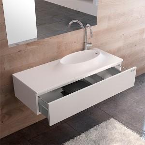 il-lavabo-moove-jacuzzi-riprende-e-si-coordina-perfettamente-con-il-motivo-del-piatto-doccia-su-un-piano-in-techstone-bianco-prende-forma-la-bacinella-del-lavabo-77x45cm