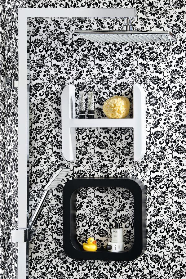 Lettering di damast l 39 accessorio di design per la doccia arredobagno news - Accessori doccia portaoggetti ...