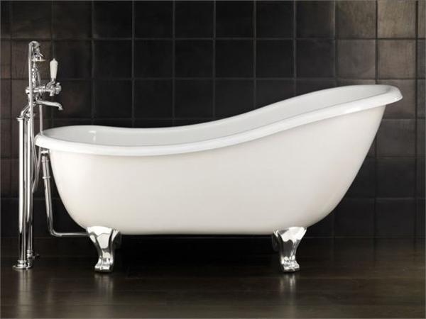 Vasca Da Bagno Piccola Con Piedini : Vasca da bagno stile antico. vasca da bagno su piedi ovale in ghisa