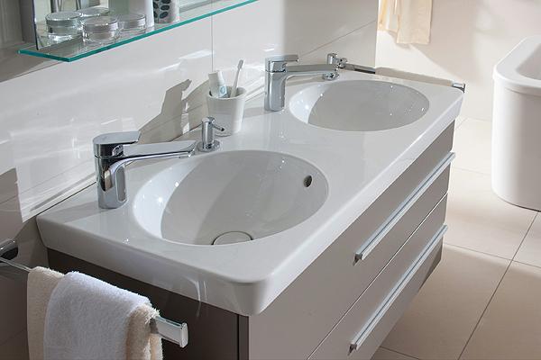 joyce il bagno con le app di villeroy boch arredobagno news. Black Bedroom Furniture Sets. Home Design Ideas