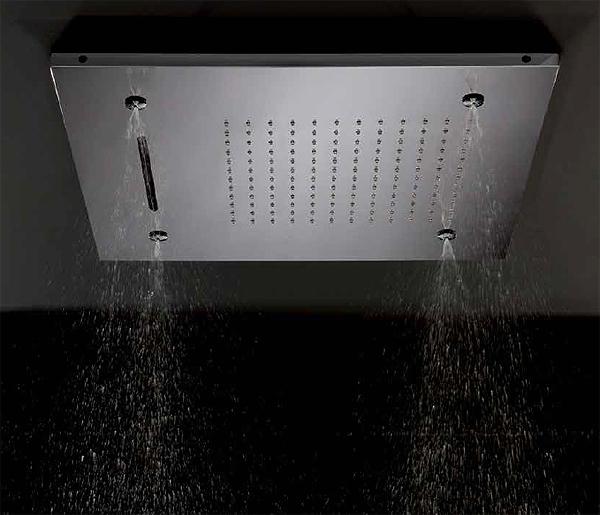 pioggia-cascata-o-nebulizzazione-e-anche-cromotherapy