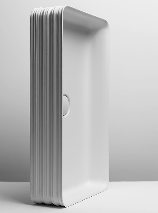 Collezione Trace è disegnata da Gianni Veneziano e Luciana Di Virgilio