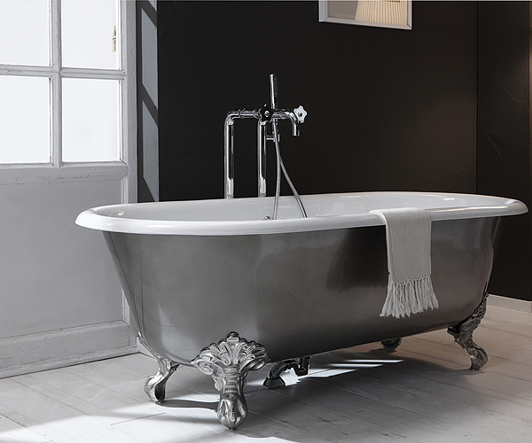 Le novit di olympia per il cersaie 2013 nuova vasca da bagno impero arredobagno news for Vasca da bagno in inglese