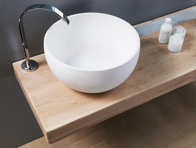 Wood e la collezione in legno massello di regia design - Top legno massello bagno ...