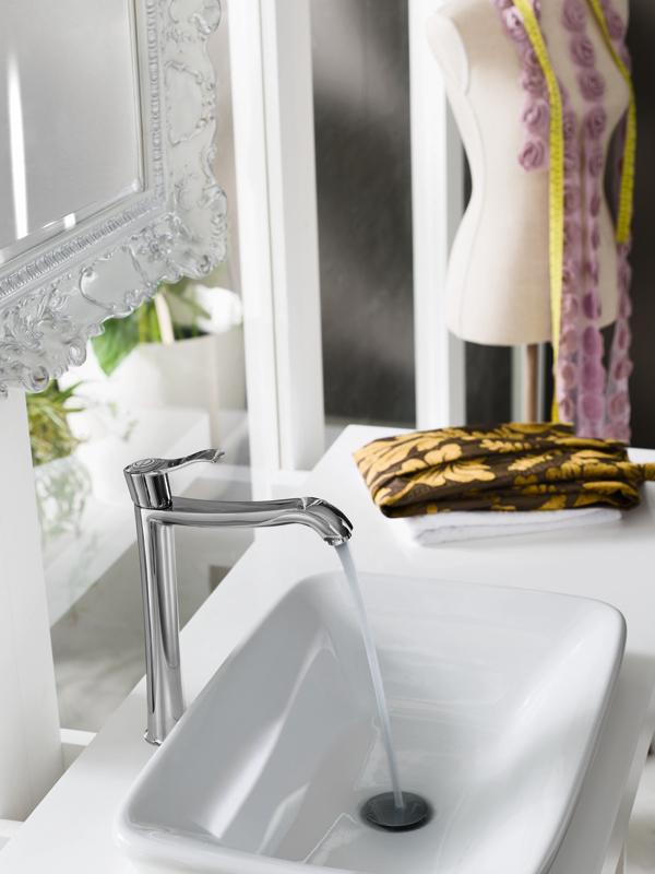 In distribuzione la nuova serie sof il retr moderno di nobili rubinetterie arredobagno news - Nobili accessori bagno ...