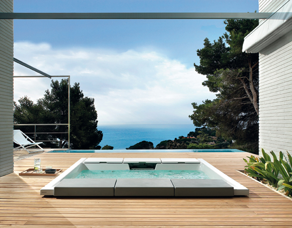 Minipiscina Seaside 640: il benessere en plein air firmato Teuco