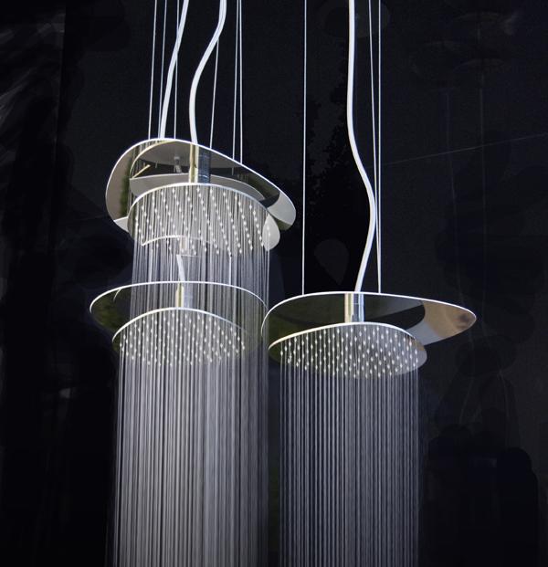 Nell'immagine, il soffione Cloud nella versione con installazione con cavi di acciaio a vista.