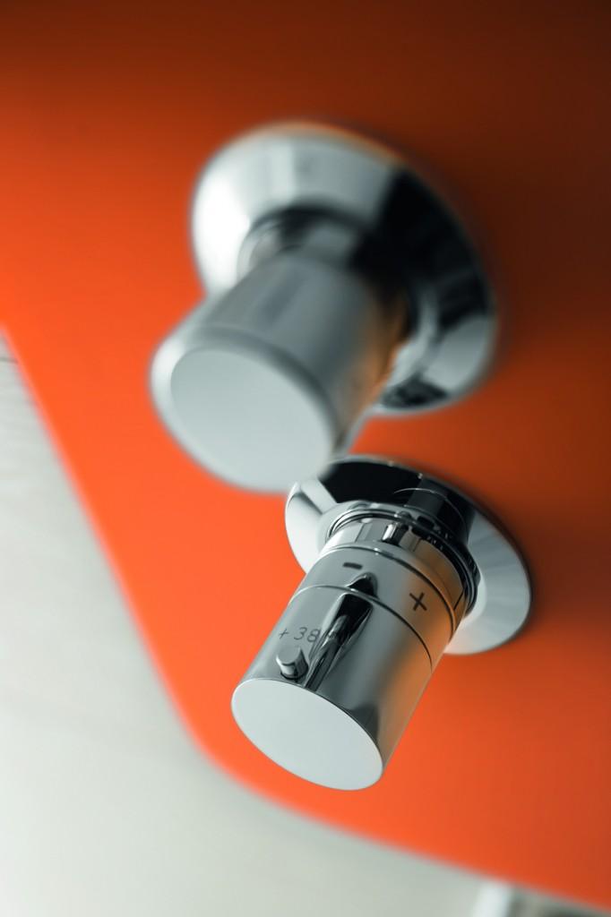 Macò è la serie da bagno proposta da Geda composta da miscelatori da lavabo e da bidet