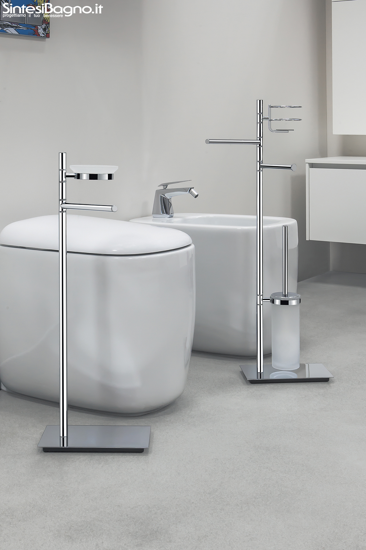 Piantane e colonne serie square di colombo design for Design accessori bagno