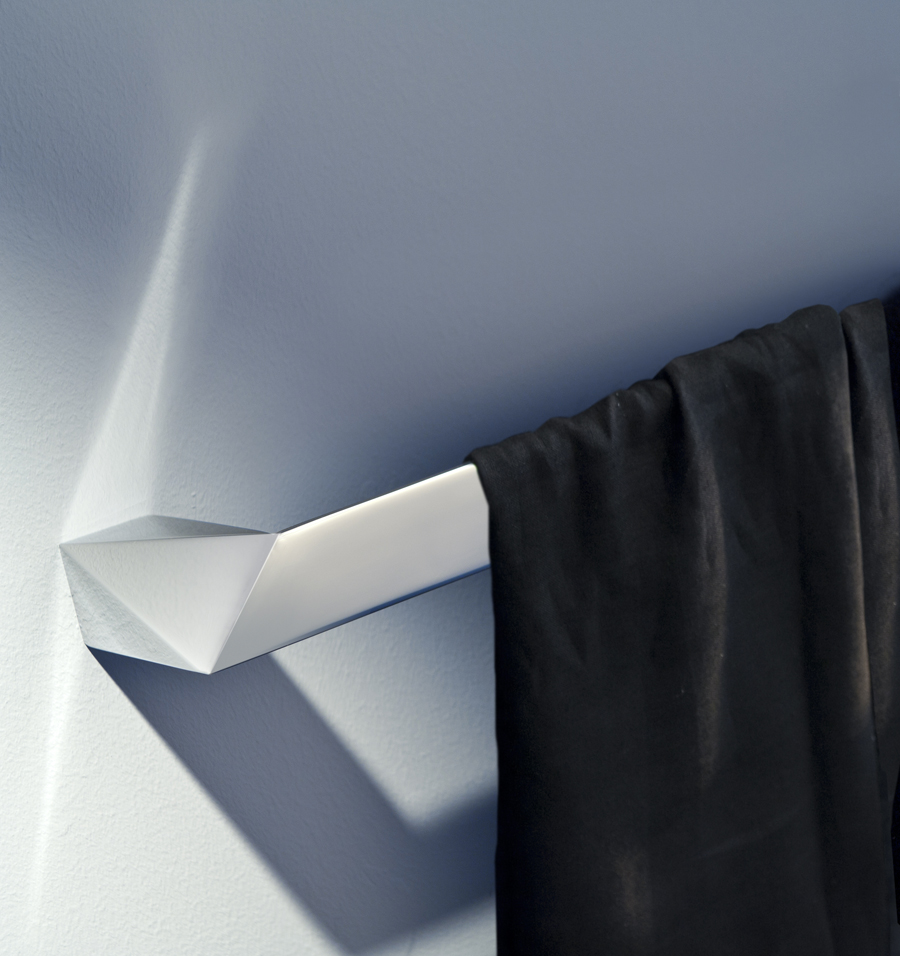 Portasalviette bertocci le collezioni grimilde grace for Portasalviette bagno design
