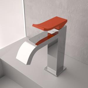 Ely di Gattoni Rubinetteria. Geometrie plastiche per bagni contemporanei.