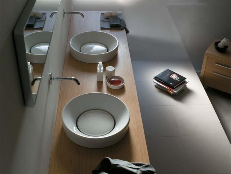 Orbis lavabi di design con micropiletta asportabile in for Galassia ceramica