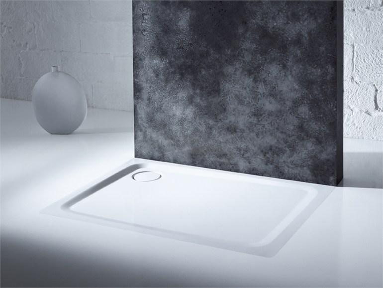 superplan plus piatto doccia filo pavimento arredobagno news. Black Bedroom Furniture Sets. Home Design Ideas