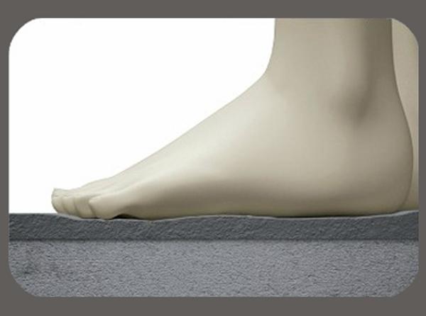 Elax il primo piatto doccia filo pavimento elastico for Piatto doccia antiscivolo