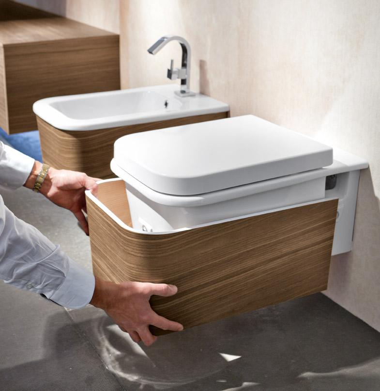 Vasca Da Bagno Con Seduta E Legno Oggetti Design : Rinnova l idea del tuo bagno con la flessibilità delle