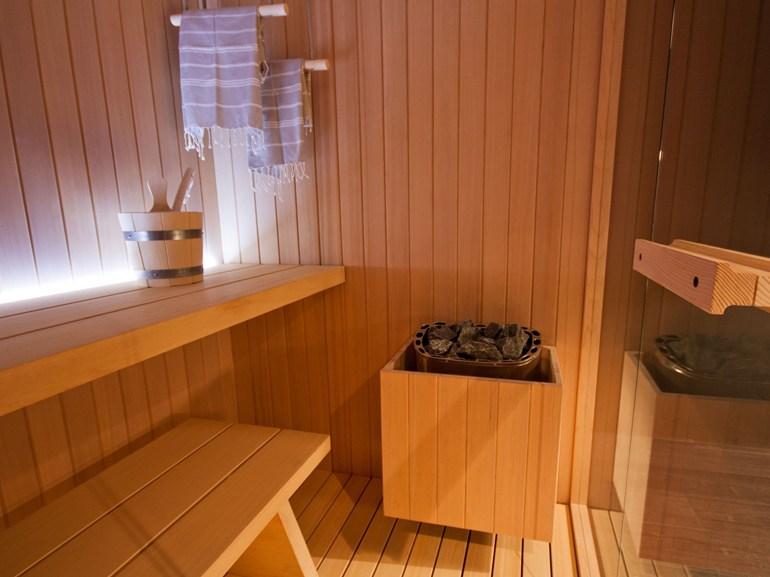 Glass idromassaggio rope sauna finlandese arredobagno news - Bagno finlandese ...