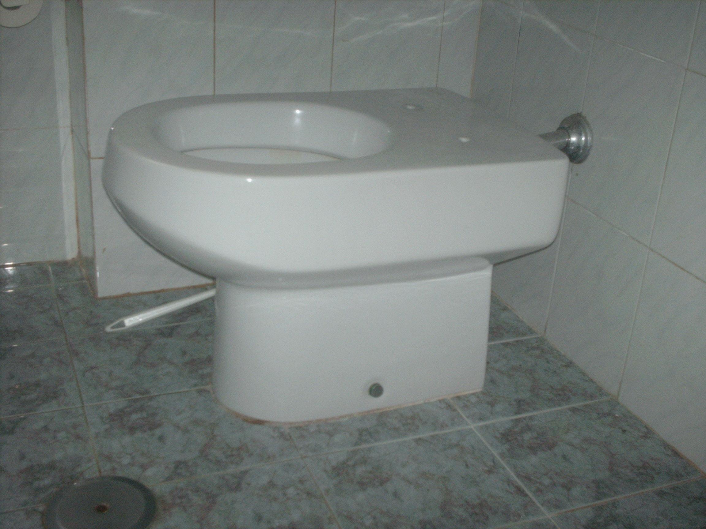 Ceramica Dolomite Serie Alpina.Sanitari Dolomite Vecchi Modelli Troviamo Il Copriwater