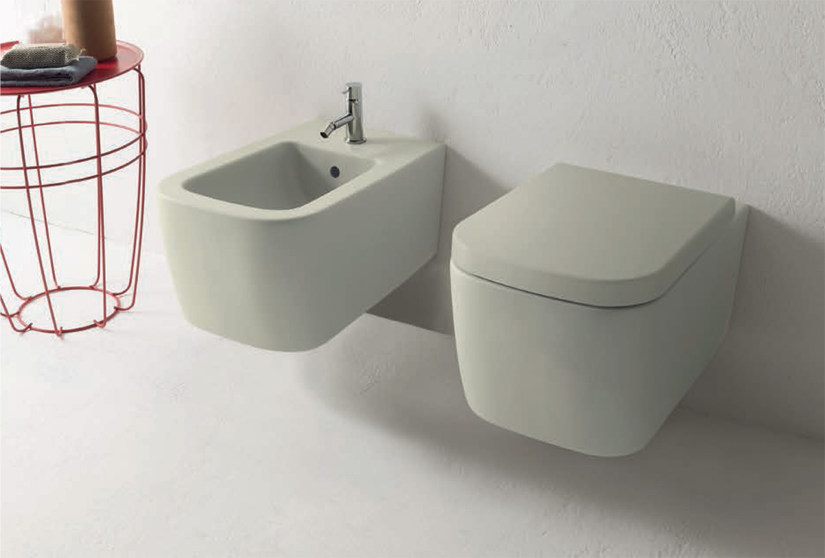 Vaso e bidet sospesi. Wall-hung WC and bidet. 54.36. STONE